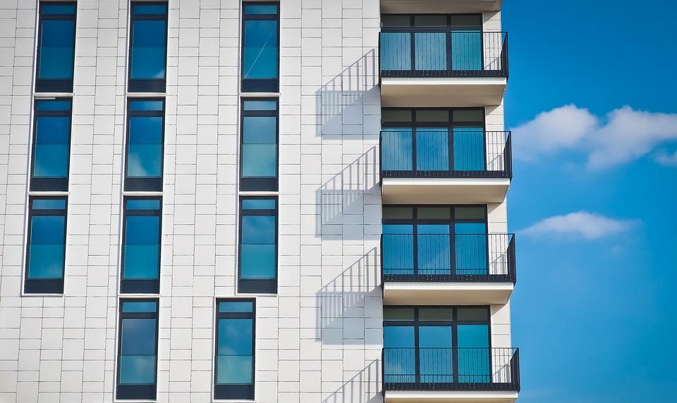 Proč je důležité zábradlí na balkon