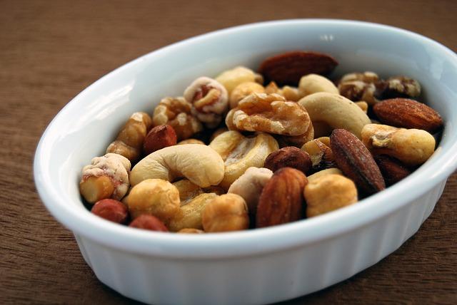 směs ořechů