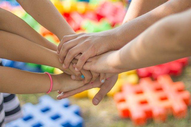 dětské ruce