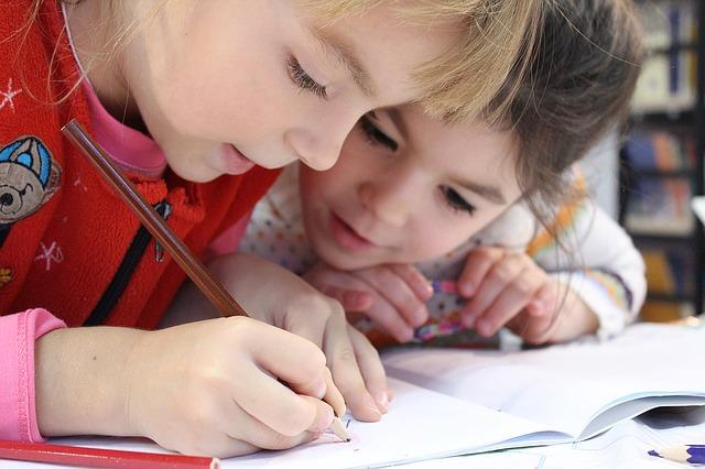 psaní holčiček