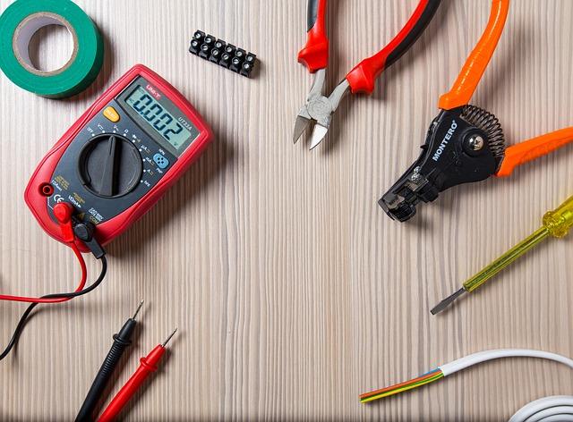 nářadí pro elektrikáře
