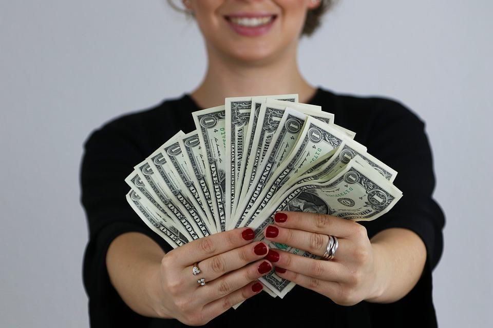 spokojenost z dolarů